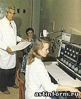 Профессор И.Н.Аламдаров в лаборатории