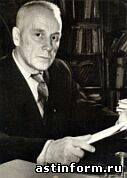 Профессор Н.Г.Лычманов